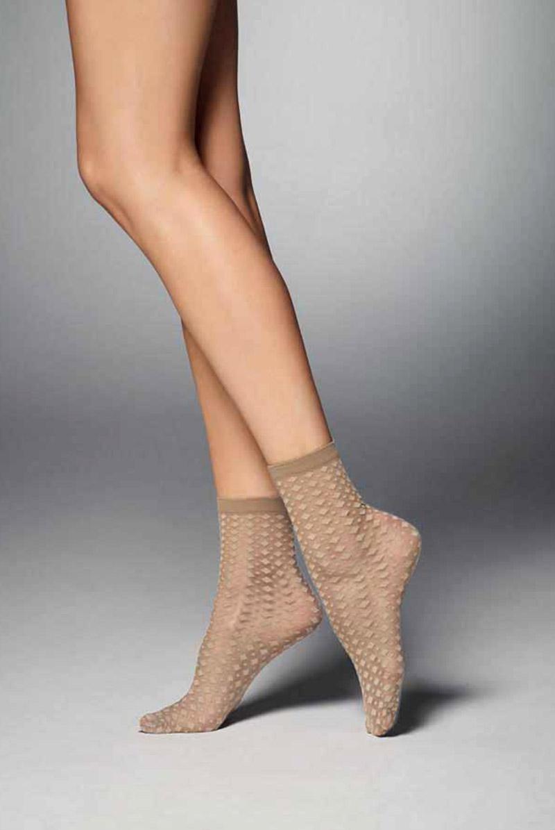 画像1: ショートストッキング(ダイヤ柄・ヌードベージュ)[JENNY Socks nude]※2足までメール便対象【送料無料・即日発送】 (1)